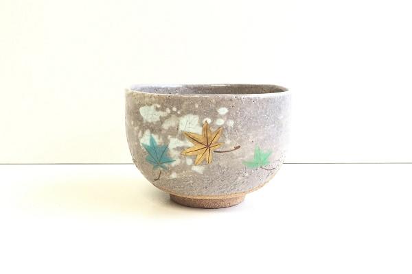 茶碗 裂 白釉 青楓 西山作